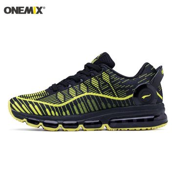 Man Running Shoes For Men Black Yellow Cushion Shox Athletic Trainers Music III Sports Max Breathable Outdoor Walking Sneakers