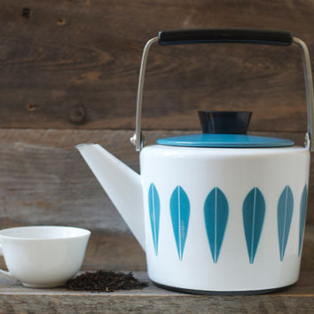Excellent Cathrineholm Enamel Blue Lotus Design Teapot