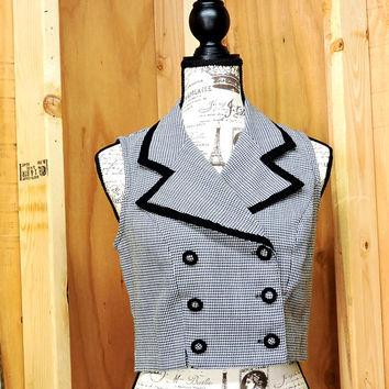 80s crop top / M / houndstooth shirt / La Belle top / sleeveless blouse / black white top / checkered top / GravelStreetVintage