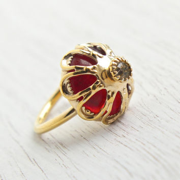 Vintage Red Stone & Rhinestone Ring - Signed Sarah Coventry 1970s Royal Crown Gold Tone Adjustable Costume Jewelry / Ruby Red Statement