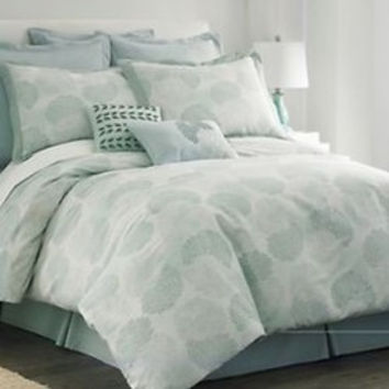 New Cindy Crawford Duvet Covers and shams