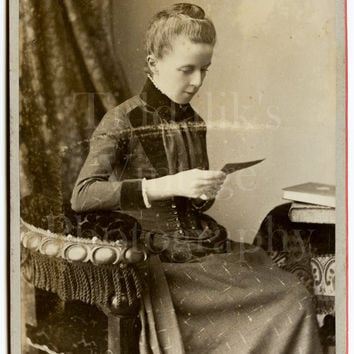 Cabinet Card Photo Victorian Beautiful Woman Mrs. Gasquoine, Bangor Portrait  with Rare Newspaper Obituary - H Cooper of Northampton Antique