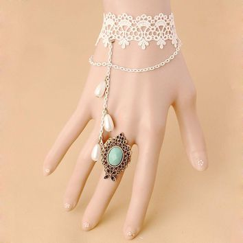 New Original Retro Gothic Lace Bracelet Ring Clothing Accessories White