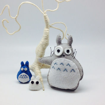 Totoro set of 3 handmade in felt - plush toy decor - kawaii