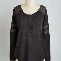 Minimal Mid-length Long Sleeve Sport of Call Top in Charcoal