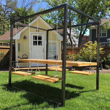 4-Seat Swing Table