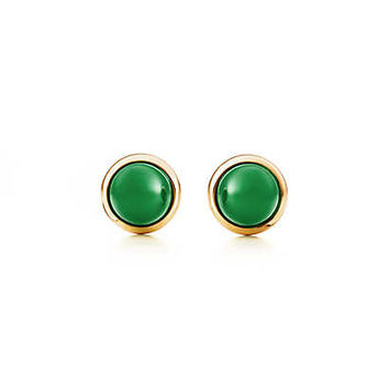 Tiffany & Co. - Elsa Peretti® Cabochon earrings in 18k gold with green jade.