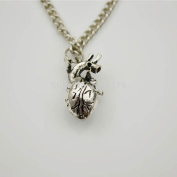 Unique Retro 3D Anatomical Human Hollow Heart Pendant Necklace