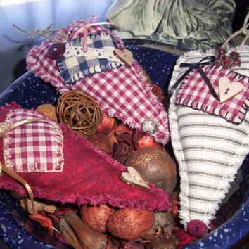 Handmade Primitive, Rustic, Primitive,  Scented Country Heart Bowl Fillers, Ornaments, Calico Prints