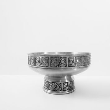 Norway Pewter Handmade Metal Bowl Nordic Home Decor Vintage Norwegian Serving Bowl Footed Centerpiece Bowl Viking Bowl Scandinavian Hygge