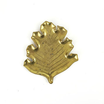 Brass Leaf Dish / Large Vintage Sculptural Jewelry Tray / Fall, Autumn Gold Decor / Hollywood Regency / Glam Vanity, Side Table Accent