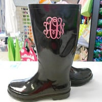 Monogrammed Black Rain Boots font shown by MONOGRAMSINC on Etsy