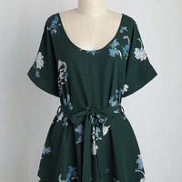 Medium Format Memory Tunic in Forest Fleurs | Mod Retro Vintage Short Sleeve Shirts | ModCloth.com