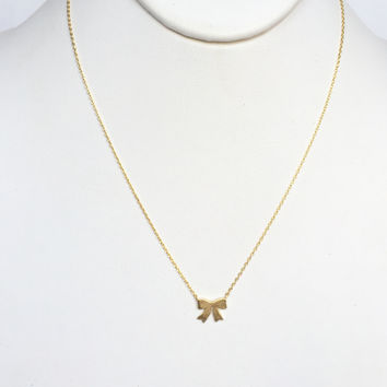Dainty Bow Necklace In Gold