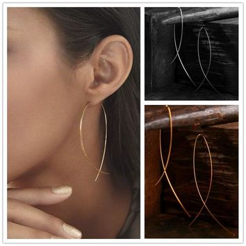 Simplicity Fish Shaped Design Hoop Copper Wire Earrings