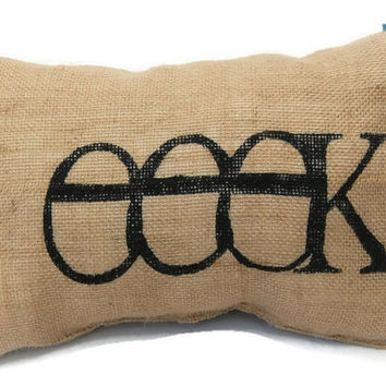 eeek! Halloween Pillow, Painted Burlap Pillow, Halloween Decorations, Decorative Throw, Decorative Pillow,Halloween Decor,Witch Pillow