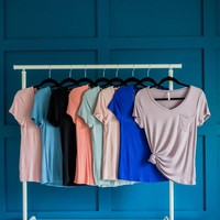 Everyday v-neck pocket tee