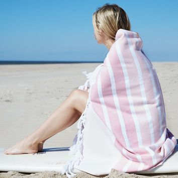 """Coastal Paradise 100% Heavy Cotton Striped Beach Towel with Knotted Fringe (40"""" x 70"""") - Coral"""