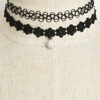 Flower Shape Choker