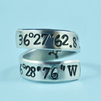 [♡010] Latitude Longitude Coordinates Spiral Ring - Hand Stamped Aluminum Ring, Meaningful Personalized Gift