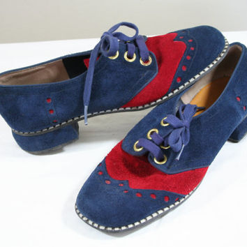 1970's size 6 shoes, wing tip shoes, blue suede shoes, blue and red shoes, medium width shoes, vintage shoes, rockabilly, VLV, lace up shoes