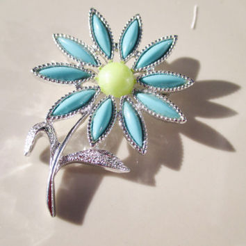 Sarah Coventry Daisy Time Silver Tone  Brooch 1971 Vintage Antique