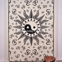 Yin Yang Meditation Om Ohm Hippie Hippy Indian Sheet Wall Tapestry Tail Fan Cotton Decor Throw Bedspread Etchnic Decor Wall hanging Gothic