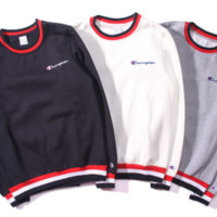 Champion Men and women couple three batches of thread plus cashmere jacket