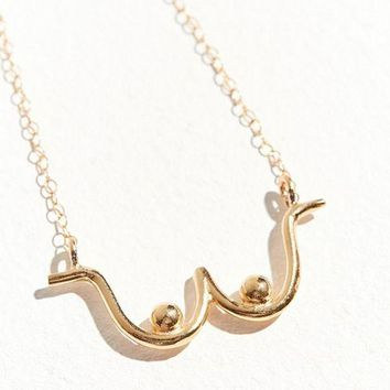 DCCKVE6 Wolf Circus Pendant Necklace   Urban Outfitters