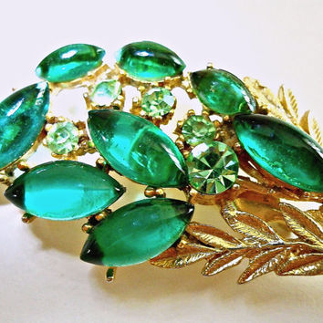 Emerald Green Glass Brooch, Cabochon, Peridot Rhinestones, Bouquet, Vintage Gold Tone