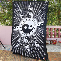 Black Hippie Throw Yin Yang Sign Indian Tapestries Cotton Tapestry Hippy Bedding Bohemian Bedspread Boho Wall Decor Ceiling Decor Dorm Art