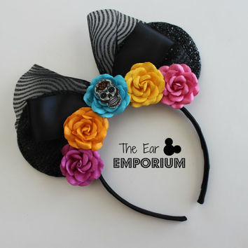 Day of the Dead/Dia De Los Muertos Themed Minnie/Mickey Mouse Ears Headband ~ Sugar Skull, Flowers and Black Bows