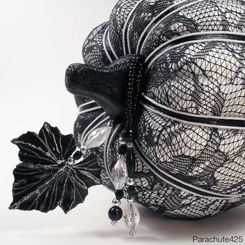 BLACK LACE PUMPKIN 2013 Collection