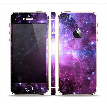 The Violet Glowing Nebula Skin Set for the Apple iPhone 5s