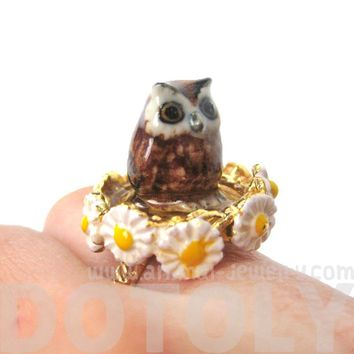 Baby Barn Owl Shaped Ceramic Porcelain Animal Ring with Daisy Textured Border   Limited Edition