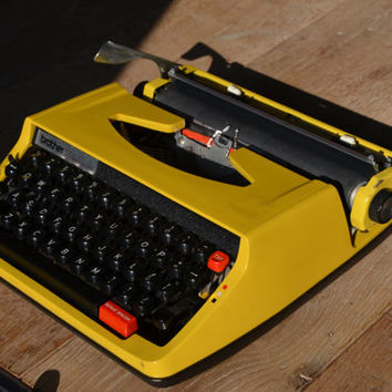 Typewriter - Bright Yellow Vintage Typewriter - Brother Deluxe 850TR - Working perfectly