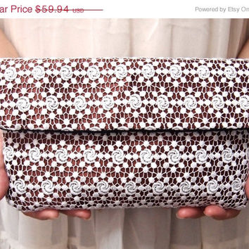 ON SALE Bridal Bridesmaid Clutch - Clutch -  Flower lace  - Unique Wedding Clutch Purse -White Brown Clutch - Formal Prom Clutch Bag
