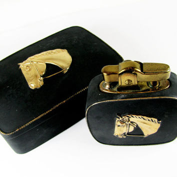 Vintage Cigarette Case / Box and Lighter, Black with Gold Horse / Vintage Business Card Case - Le Cas de Cigarettes Noir.