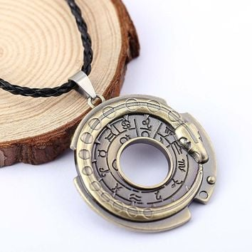 H&F Assassin's Creed Necklace Connor Amulet necklace assassins creed figure Cosplay jewelry Assassins Creed  Necklace for men