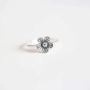 925 sterling silver  ring (Thai silver flowers opening ring)