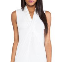 Bailey 44 Metaphysical Top in White