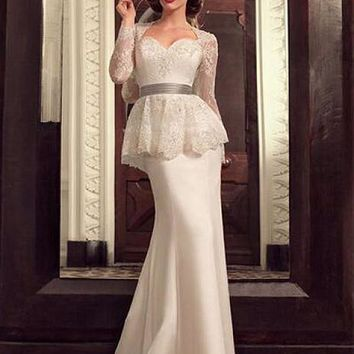[109.99] Chic Tulle & Chiffon Queen Anne Neckline Mermaid Evening Dresses With Lace Appliques & Beadings - dressilyme.com