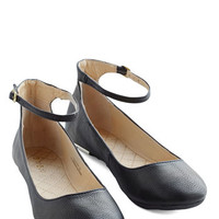 ModCloth Minimal Dessert Dash Flat in Licorice