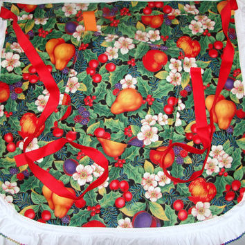Half Apron Fruit with Ruffle Trim and Matching Pot Holder
