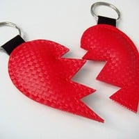 Interlocking Heart Keyrings by yummypocket on Etsy