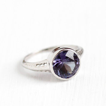 Vintage 18k White Gold Art Deco Created Color Change Purple Brown Sapphire Ring - 1930s Size 4 1/2 Art Deco Filigree Gemstone Fine Jewelry