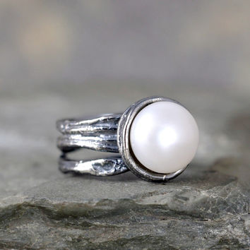 Fresh Water Pearl Ring - Sterling Silver - Textured Twig Band - June Birthstone Rings - Statement Ring - Cocktail Ring - White Pearl Ring