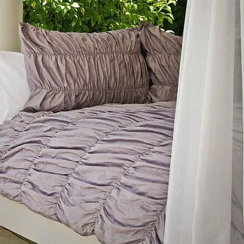 Purple Ruffled Sutter Duvet
