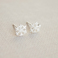 Tiny nowflake earrings,925 Sterling Silver snowflake earring studs