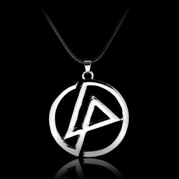 Hot Sale Lincoln Linkin Park Pendant Necklace Rock Band Guitar Picks Necklaces For Men Women Jewelry Gift